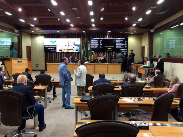Deputados atenderam a convocação extraordinária e aprovaram projeto de Lei do Proedi no RN — Foto: Rafael Lopes/Inter TV Cabugi